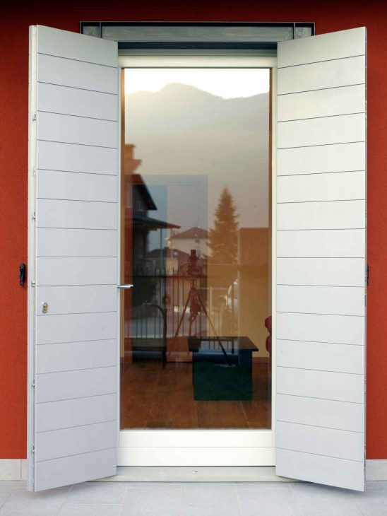 Shutters, image four