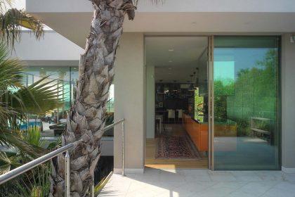 Villa Desenzano, kitchen Lift & Slide
