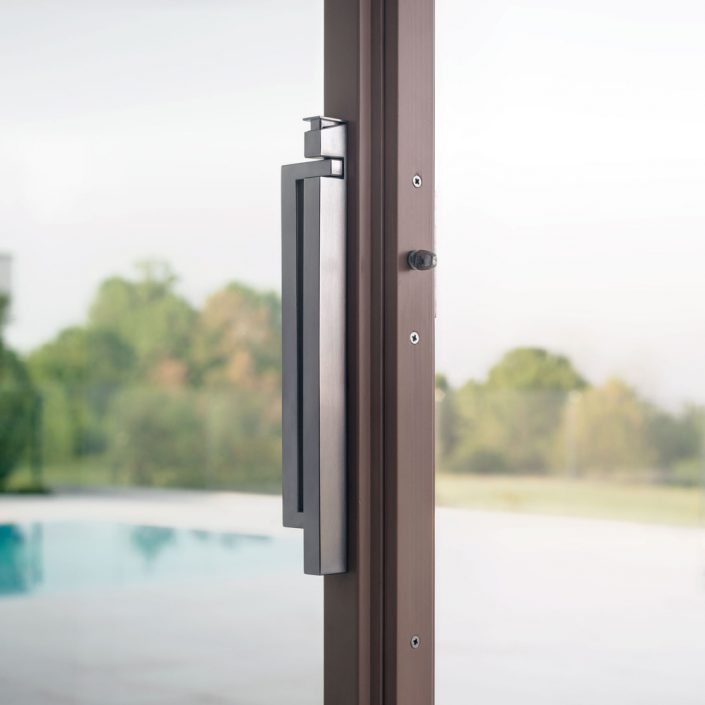 Detail of the new Skyline handle on Skyline Sliding door