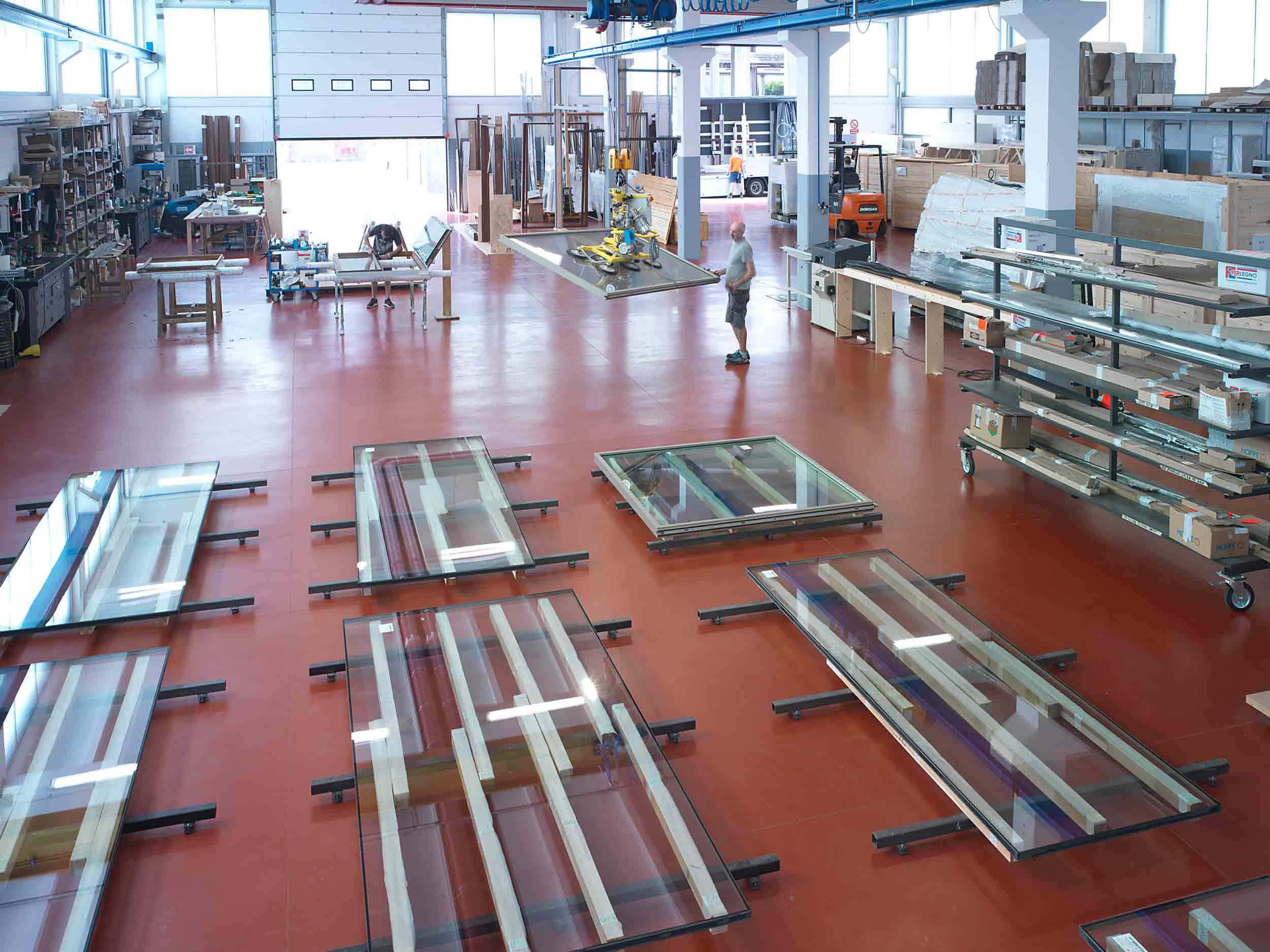 General view of the warehouse with the various stages of product assembly