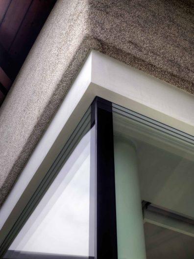 Upper detail of the glazed corner